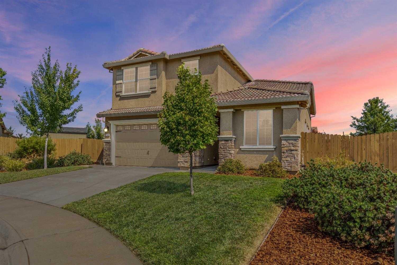 $499,900 - 4Br/3Ba -  for Sale in Stone Creek, Rancho Cordova