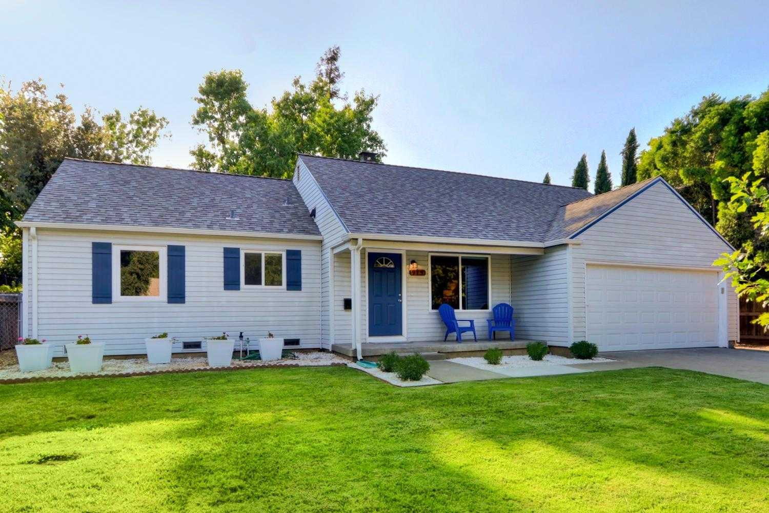 $724,950 - 4Br/3Ba -  for Sale in Davis