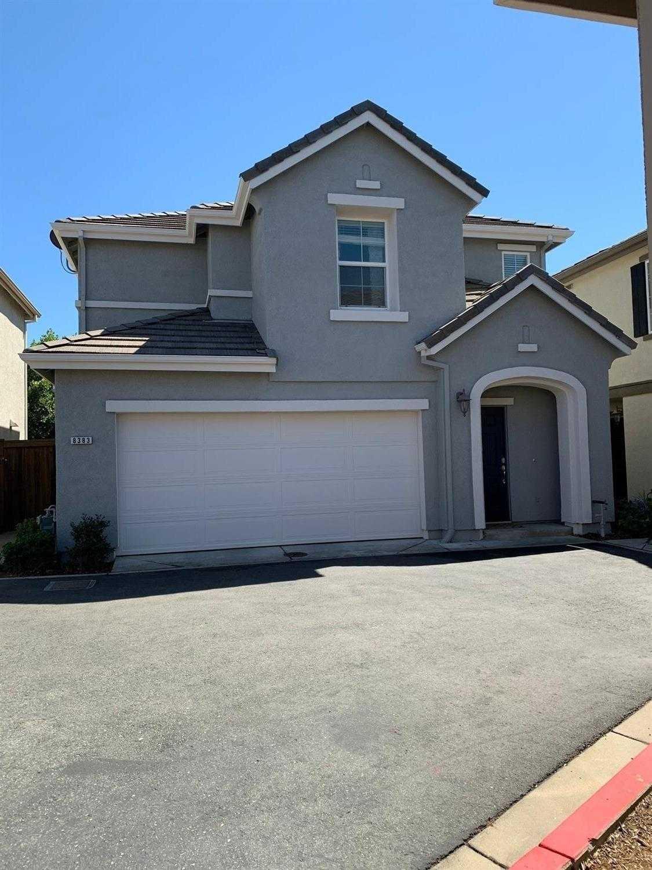 $375,000 - 2Br/3Ba -  for Sale in Strada, Roseville