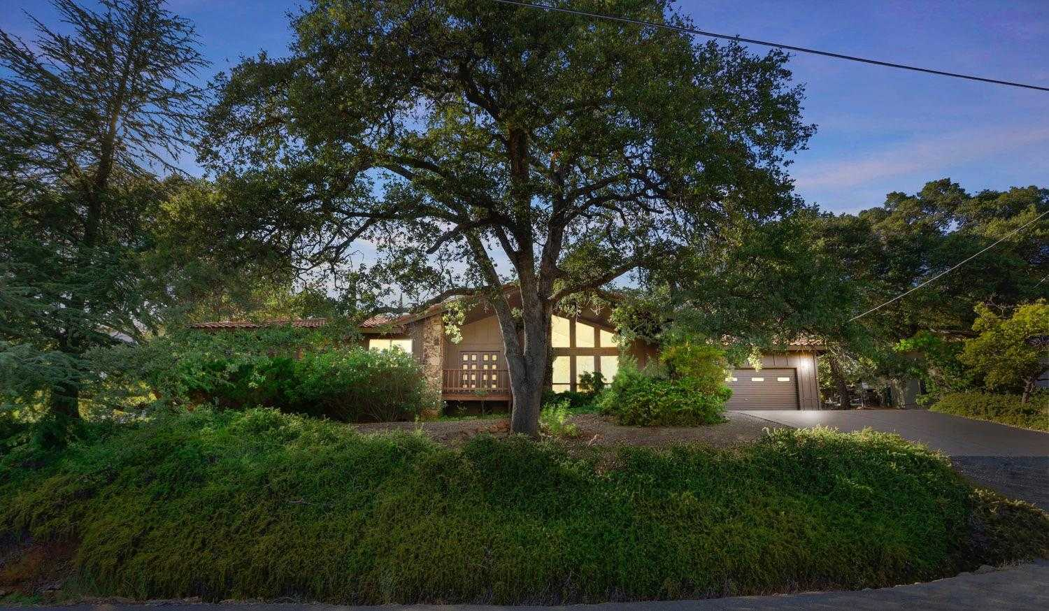$479,000 - 3Br/2Ba -  for Sale in Cameron Park