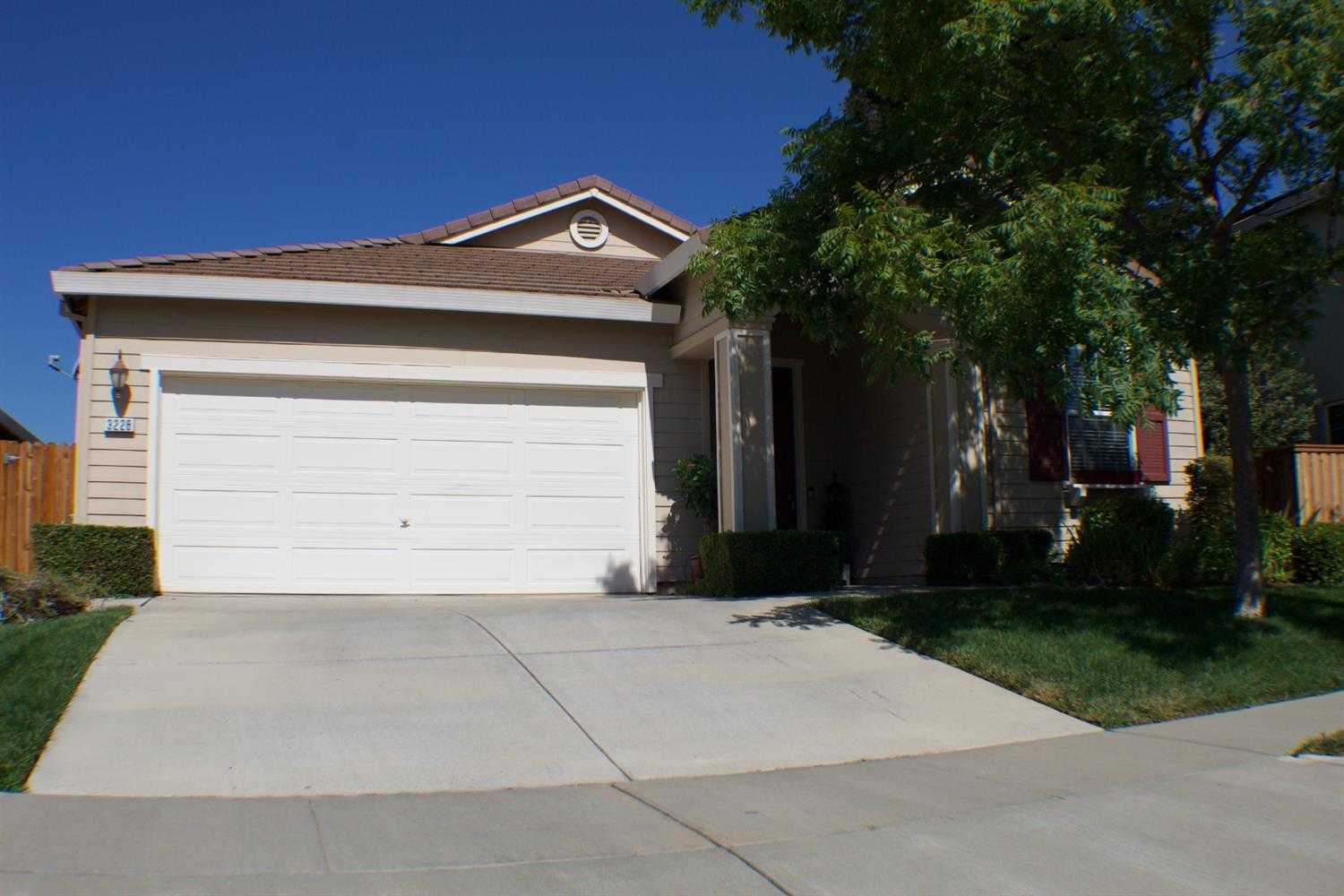 $539,000 - 4Br/2Ba -  for Sale in West Sacramento