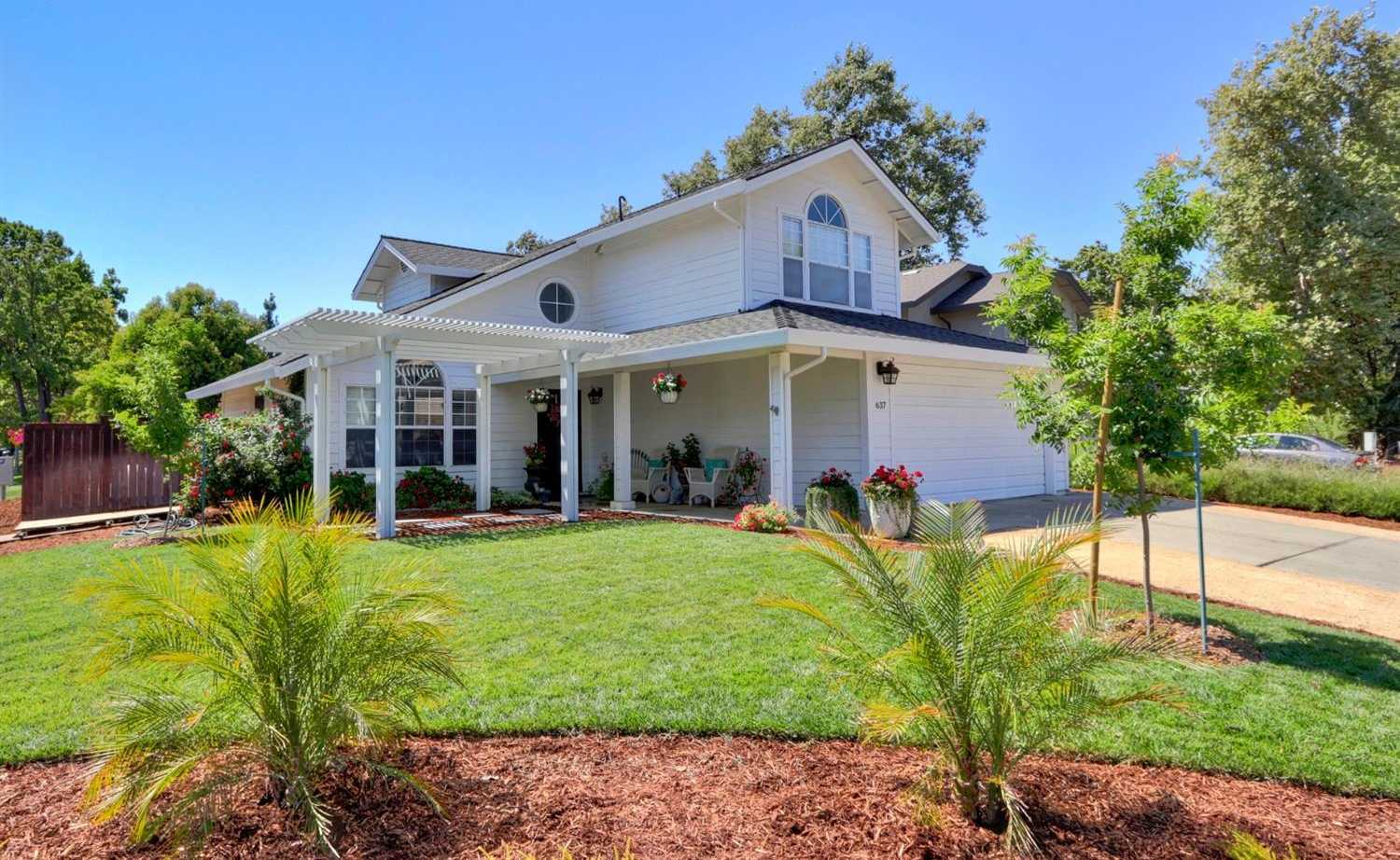 $719,000 - 4Br/3Ba -  for Sale in Davis