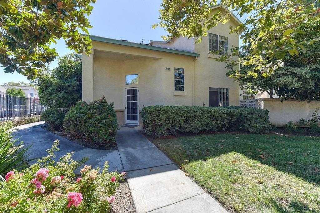 $405,000 - 3Br/3Ba -  for Sale in Davis