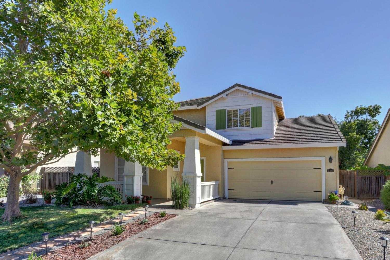 $810,000 - 4Br/3Ba -  for Sale in Wildhorse, Davis