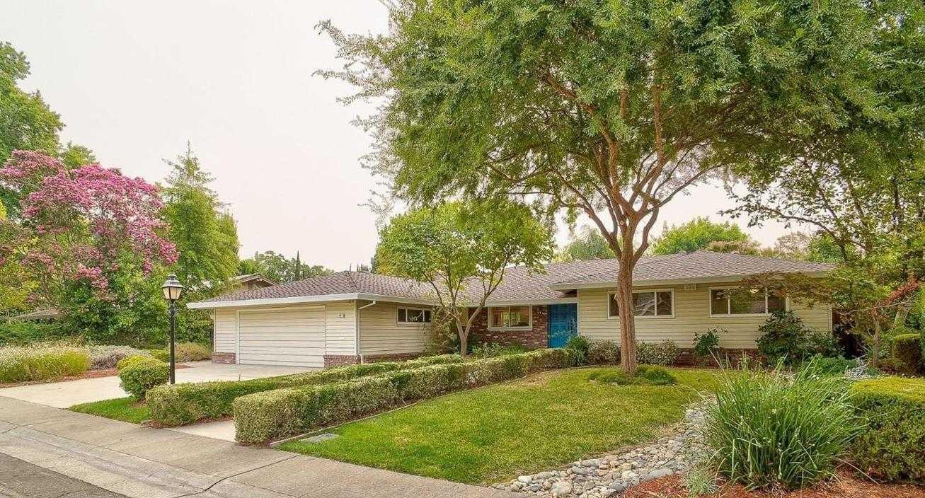 $785,000 - 4Br/3Ba -  for Sale in Sacramento