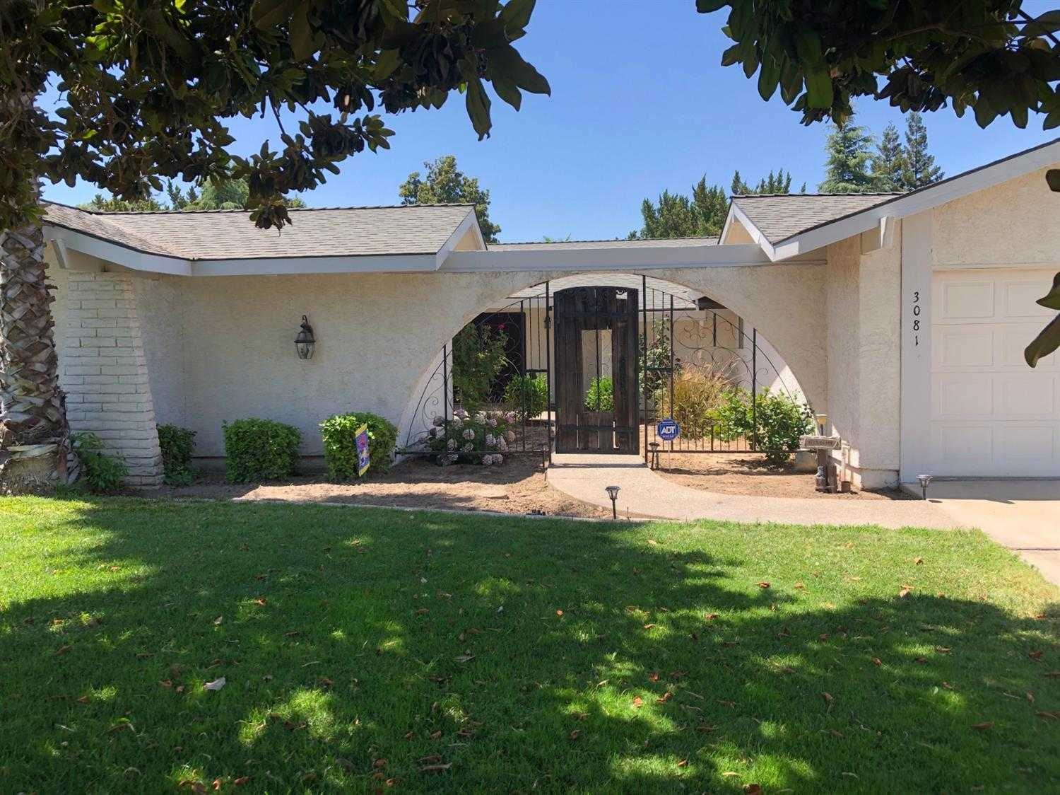 $379,900 - 4Br/3Ba -  for Sale in Atwater