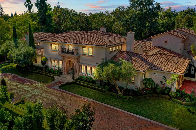 $4,950,000 - 5Br/8Ba -  for Sale in Sacramento