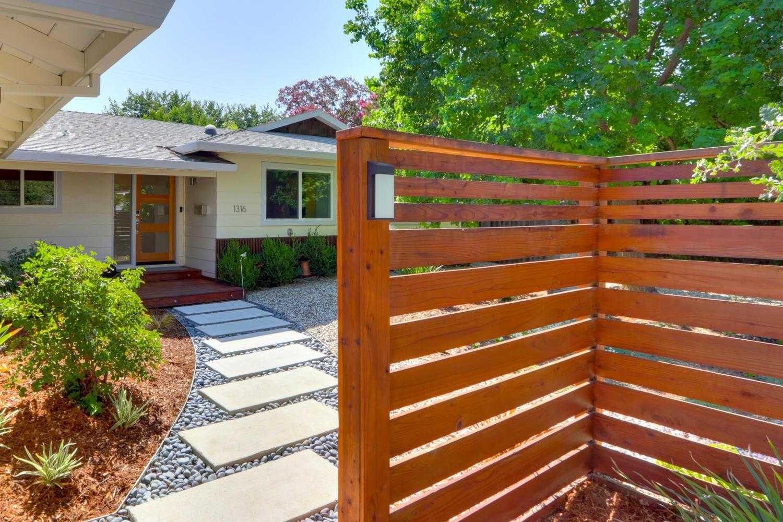 $839,000 - 4Br/2Ba -  for Sale in Davis