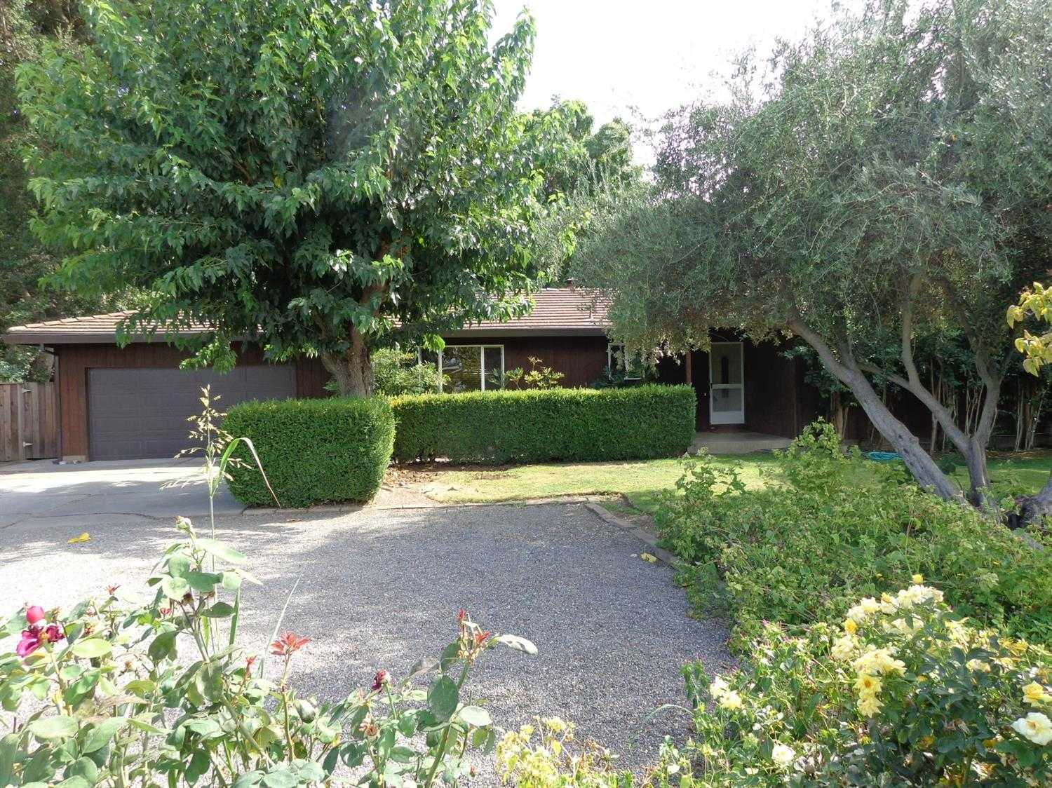 $949,500 - 4Br/2Ba -  for Sale in Davis