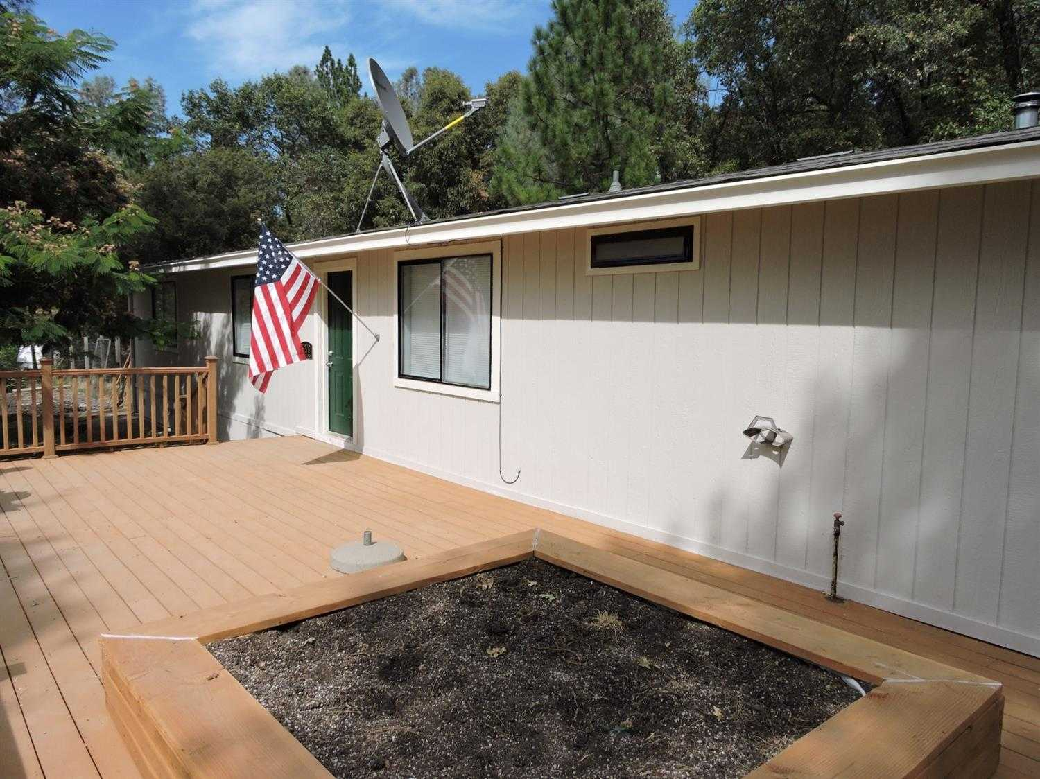 $359,900 - 4Br/2Ba -  for Sale in Placerville