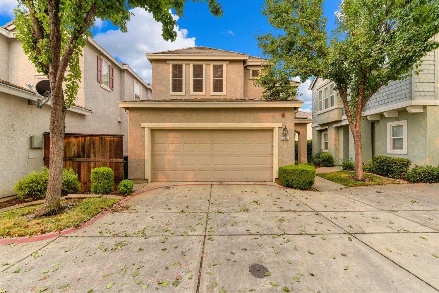$330,000 - 2Br/3Ba -  for Sale in Lincoln
