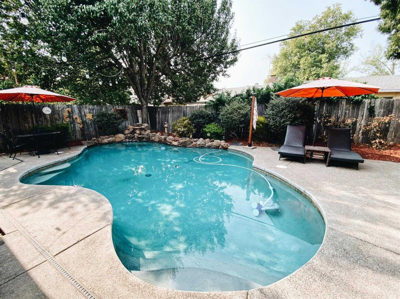 $425,000 - 3Br/2Ba -  for Sale in Sacramento