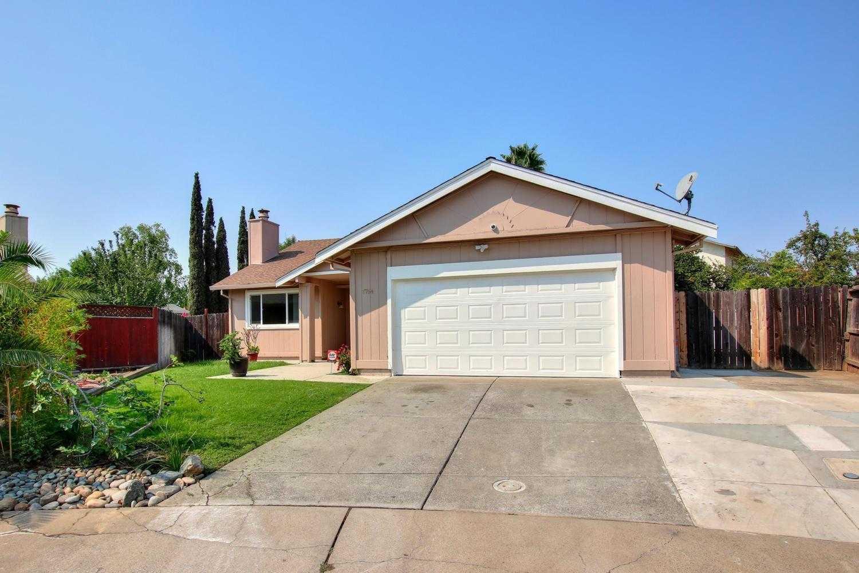 $349,900 - 4Br/2Ba -  for Sale in Sacramento