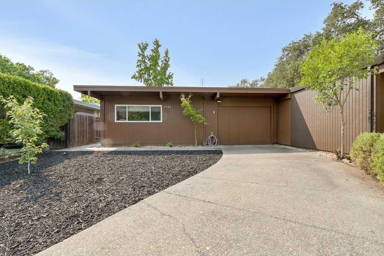 $299,900 - 2Br/2Ba -  for Sale in River College Square, Sacramento