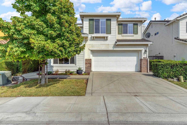 $449,990 - 4Br/3Ba -  for Sale in Regency Park Vilage B, Sacramento
