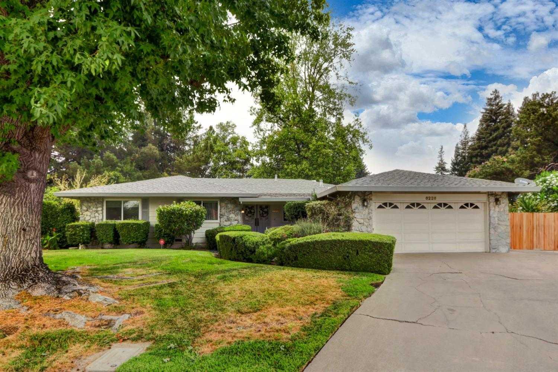 $528,000 - 3Br/2Ba -  for Sale in South Land Park Hills 45, Sacramento