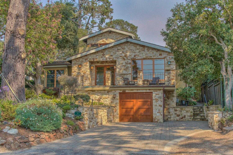 $3,588,888 - 4Br/5Ba -  for Sale in Carmel