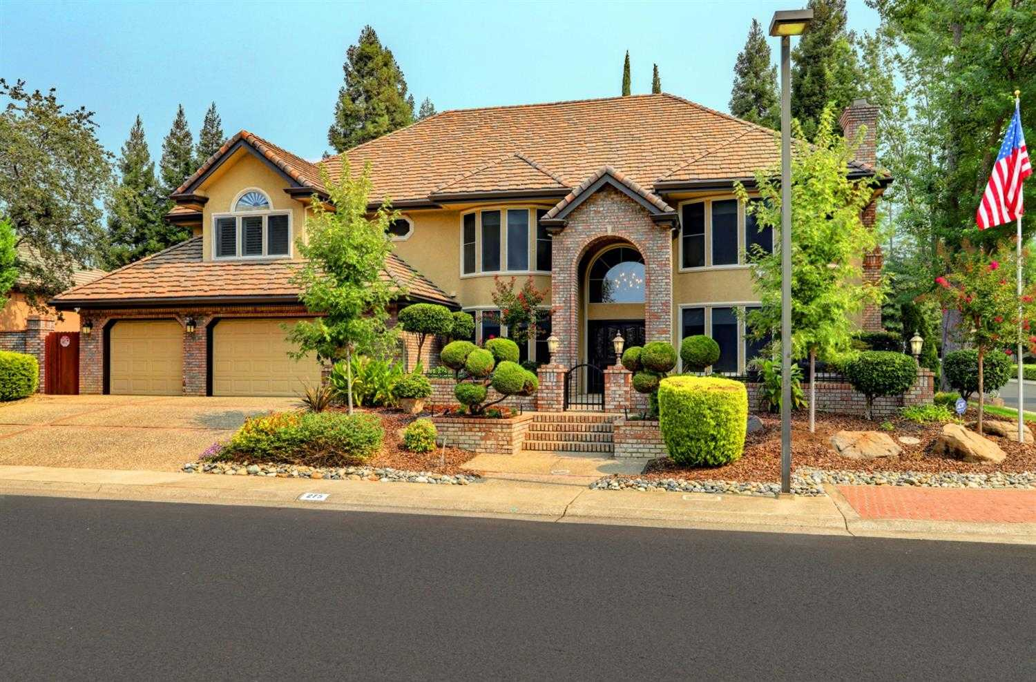$939,000 - 4Br/3Ba -  for Sale in American River Canyon, Folsom