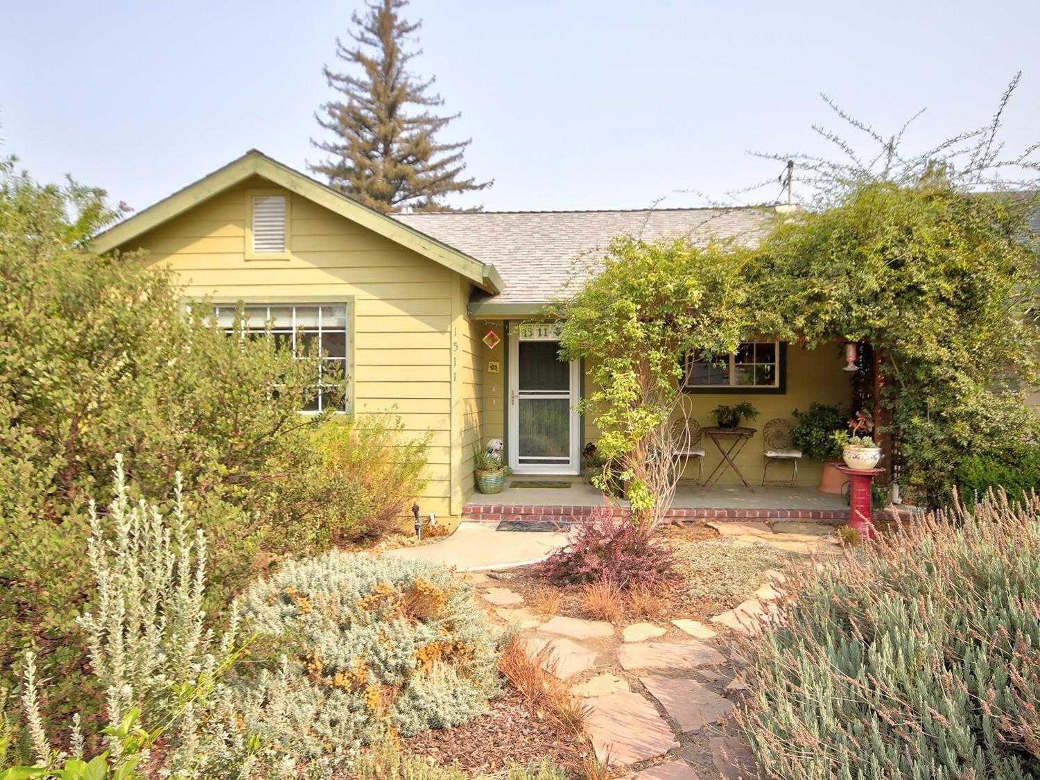 $435,999 - 3Br/2Ba -  for Sale in Sacramento