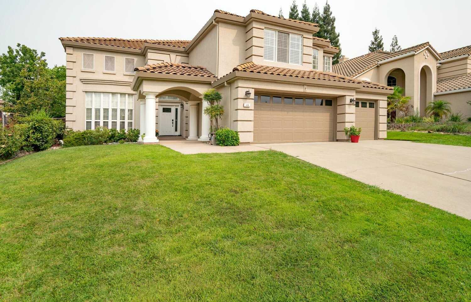 $765,000 - 5Br/3Ba -  for Sale in Folsom
