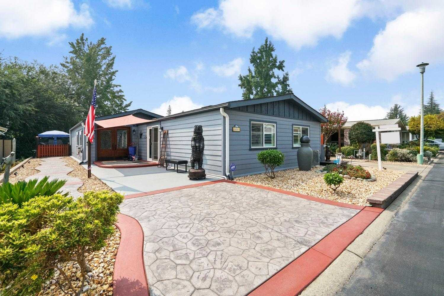 $260,000 - 2Br/2Ba -  for Sale in Citrus Heights