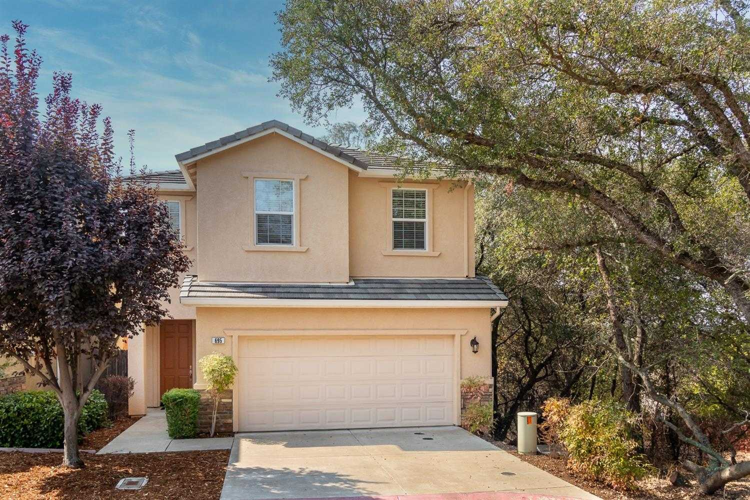 $499,900 - 3Br/3Ba -  for Sale in Folsom