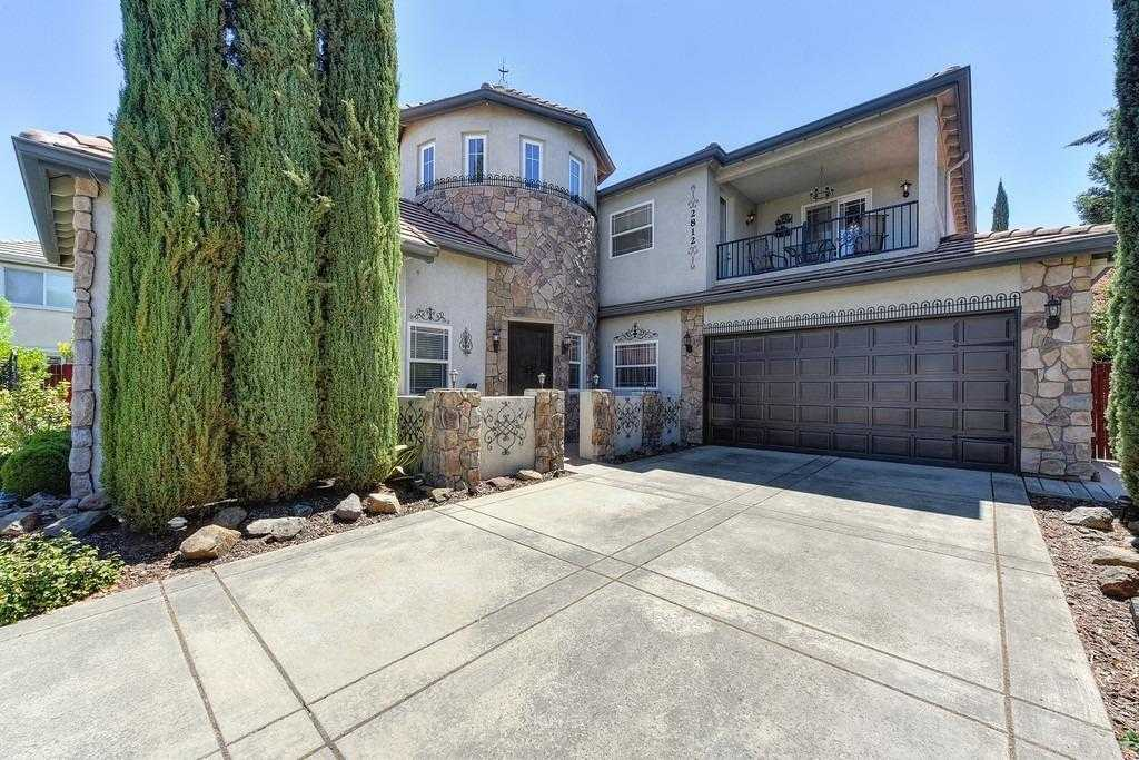 $1,099,300 - 4Br/3Ba -  for Sale in Davis