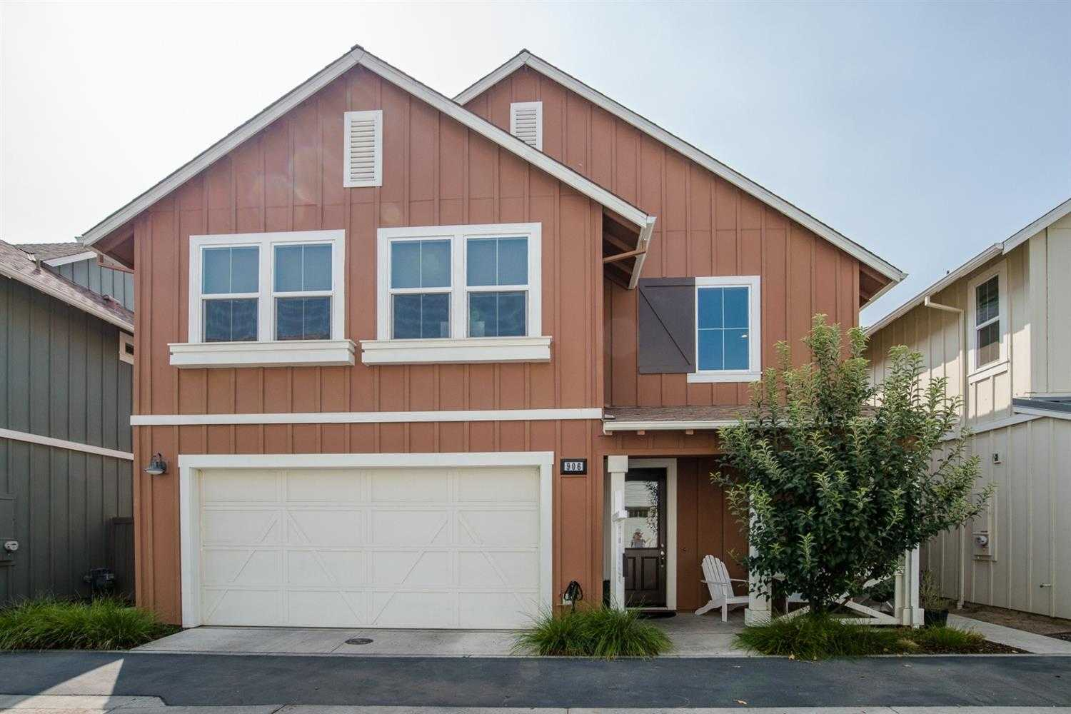 $715,000 - 3Br/3Ba -  for Sale in The Cannery, Davis