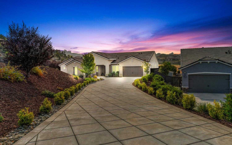 $949,500 - 5Br/4Ba -  for Sale in El Dorado Hills