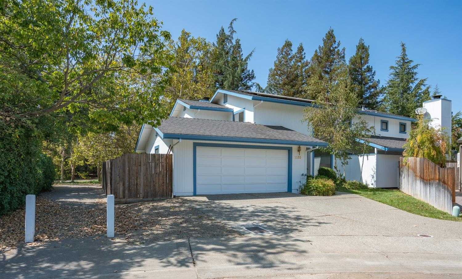 $998,000 - 4Br/3Ba -  for Sale in Davis