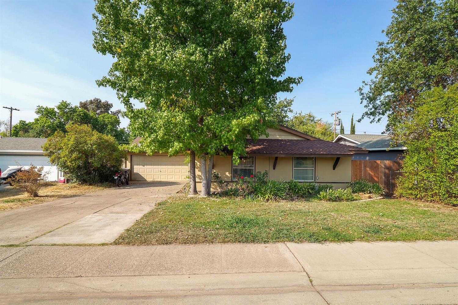 6717 Outlook Dr Citrus Heights, CA 95621