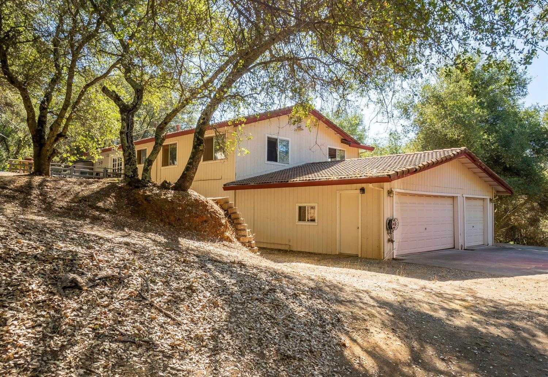 $485,000 - 3Br/3Ba -  for Sale in Shingle Springs