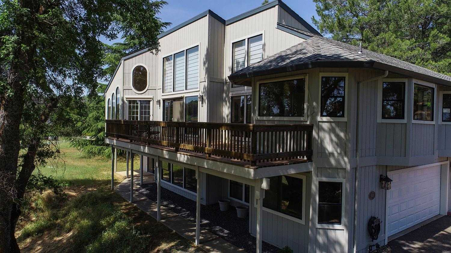 $675,000 - 2Br/3Ba -  for Sale in Greenstone Country, Placerville
