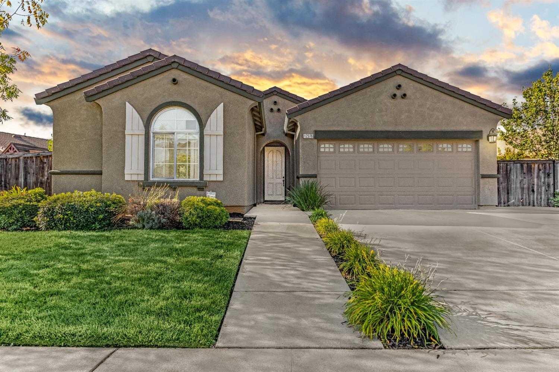 $479,990 - 4Br/2Ba -  for Sale in Sunridge Park, Rancho Cordova
