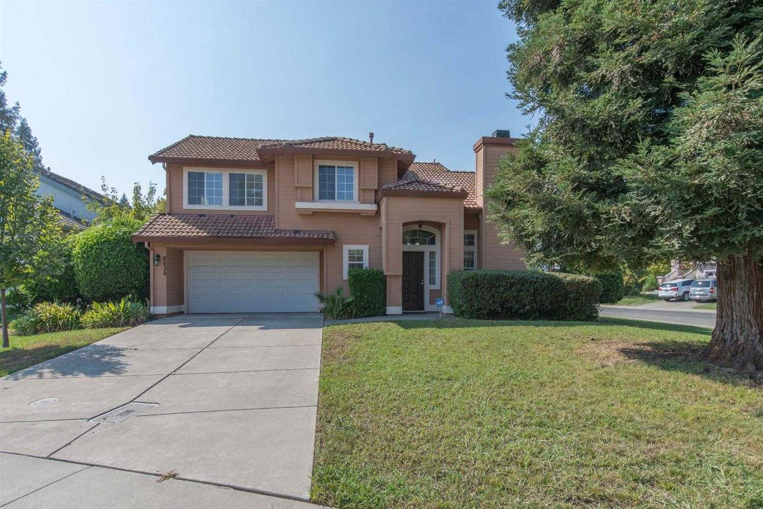 $374,999 - 3Br/3Ba -  for Sale in Sacramento