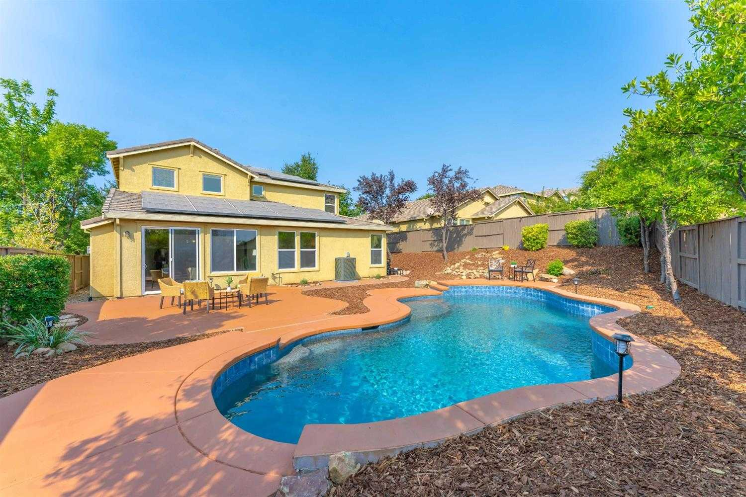 $699,000 - 5Br/4Ba -  for Sale in Serrano, El Dorado Hills