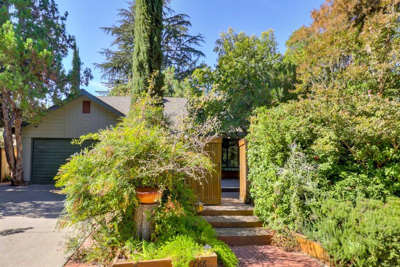 $879,000 - 4Br/2Ba -  for Sale in Davis