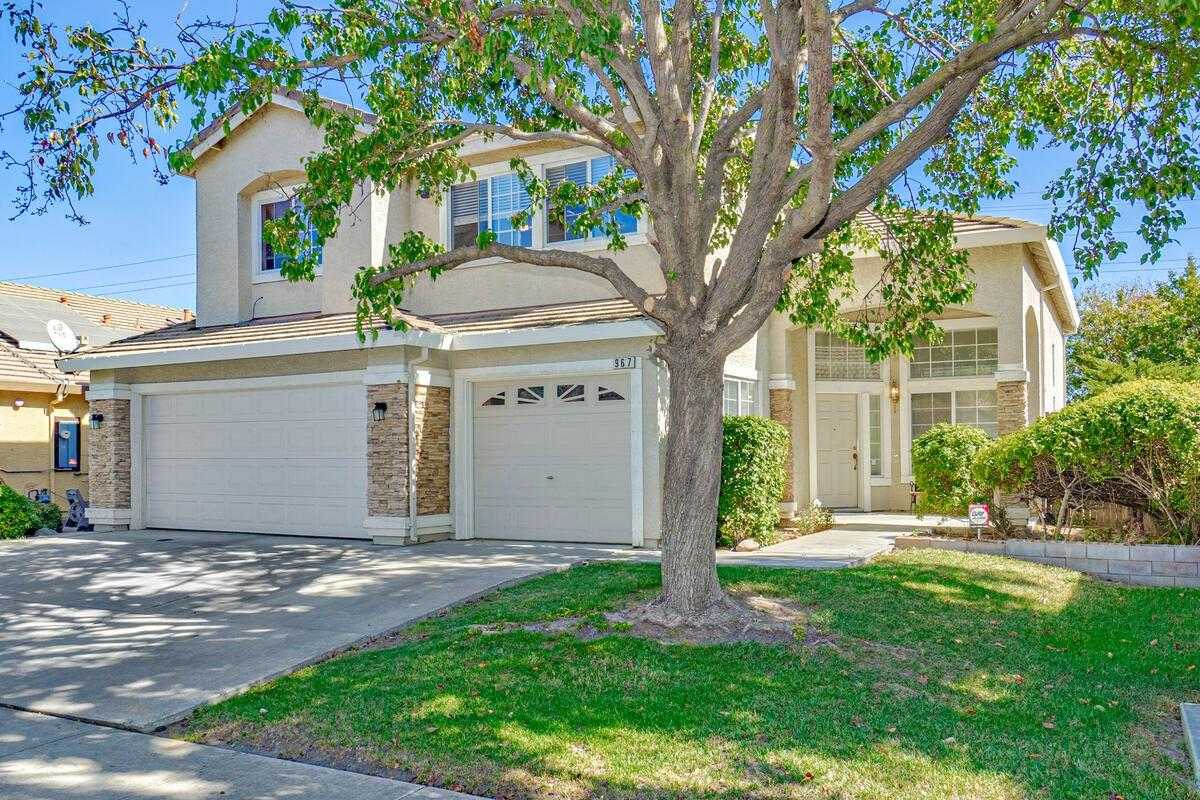 $545,000 - 4Br/3Ba -  for Sale in Woodland