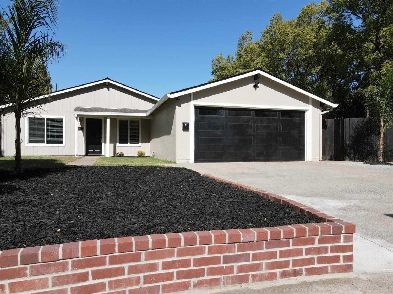 $449,000 - 3Br/3Ba -  for Sale in Sacramento