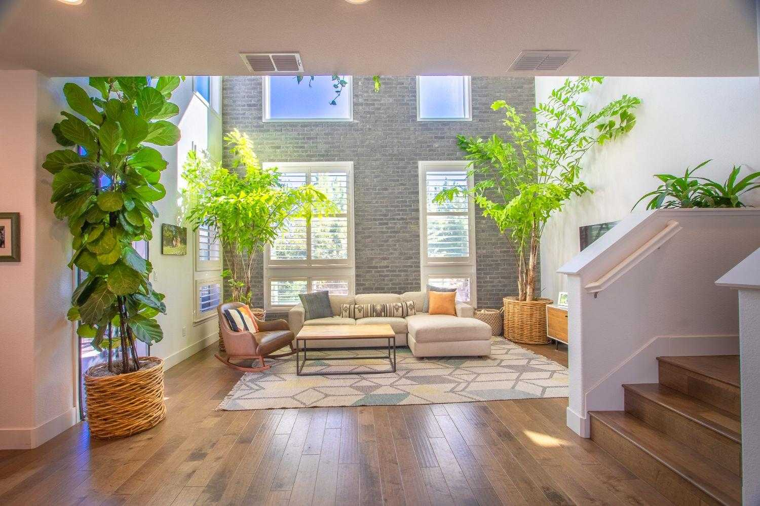 $719,000 - 2Br/3Ba -  for Sale in Cremery, Sacramento