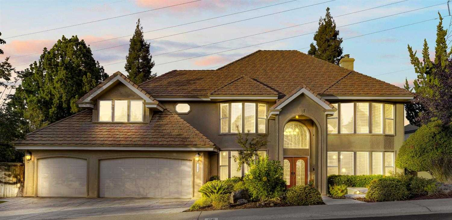$879,000 - 4Br/3Ba -  for Sale in Folsom