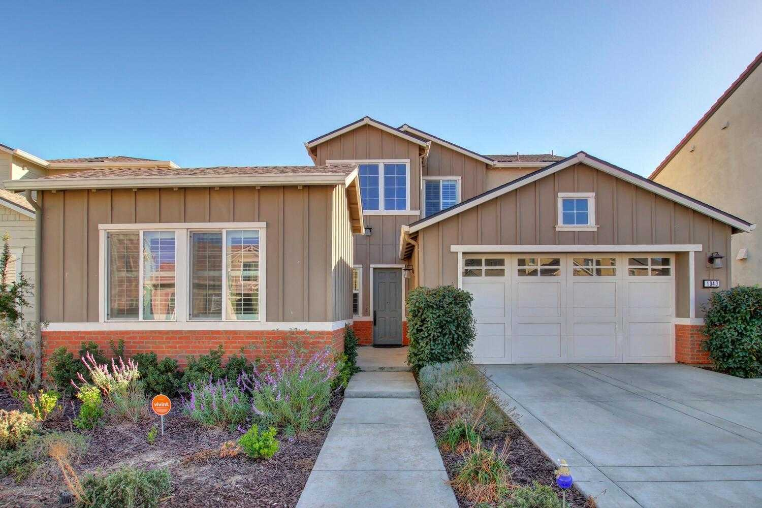 $1,197,000 - 4Br/4Ba -  for Sale in Cannery, Davis