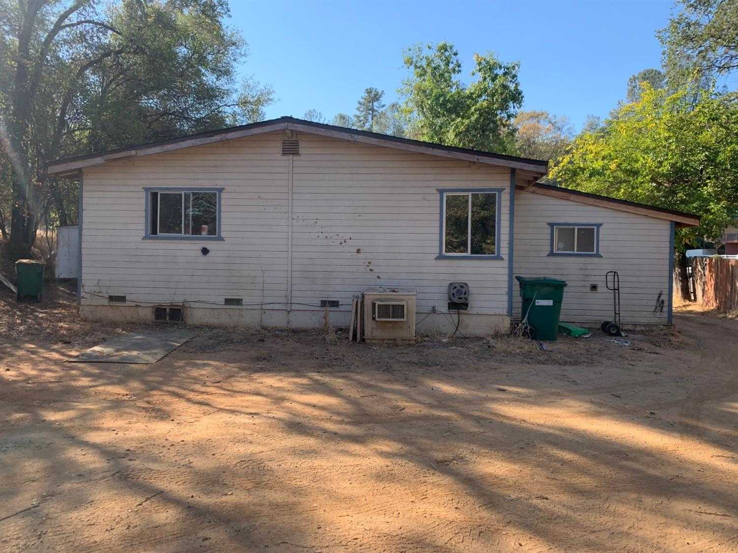 $200,000 - 3Br/1Ba -  for Sale in Placerville