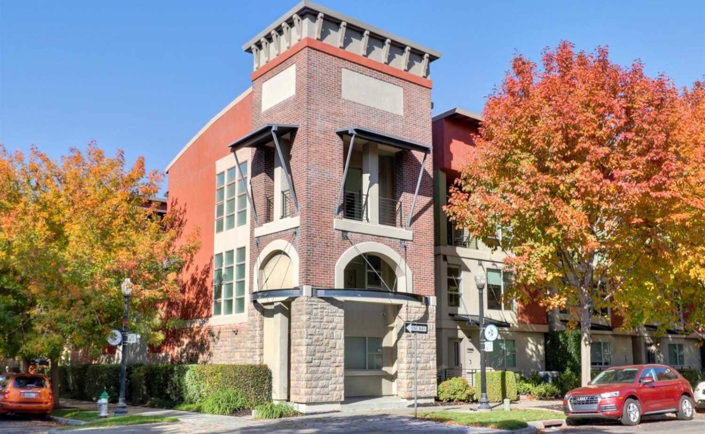 $532,000 - 2Br/3Ba -  for Sale in Socap Lofts, Sacramento