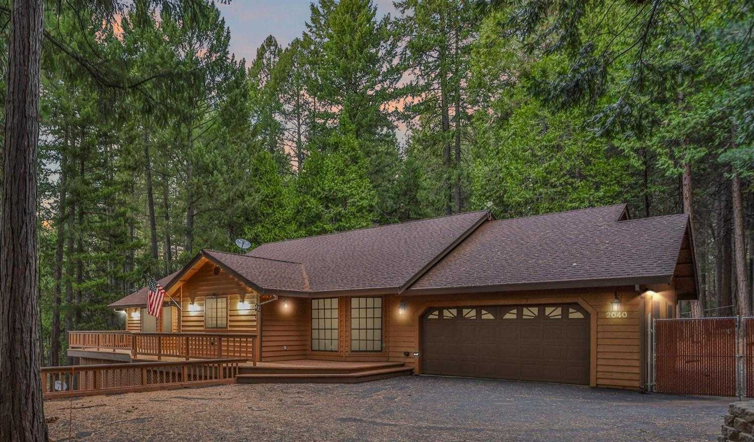 $650,000 - 4Br/3Ba -  for Sale in Pollock Pines