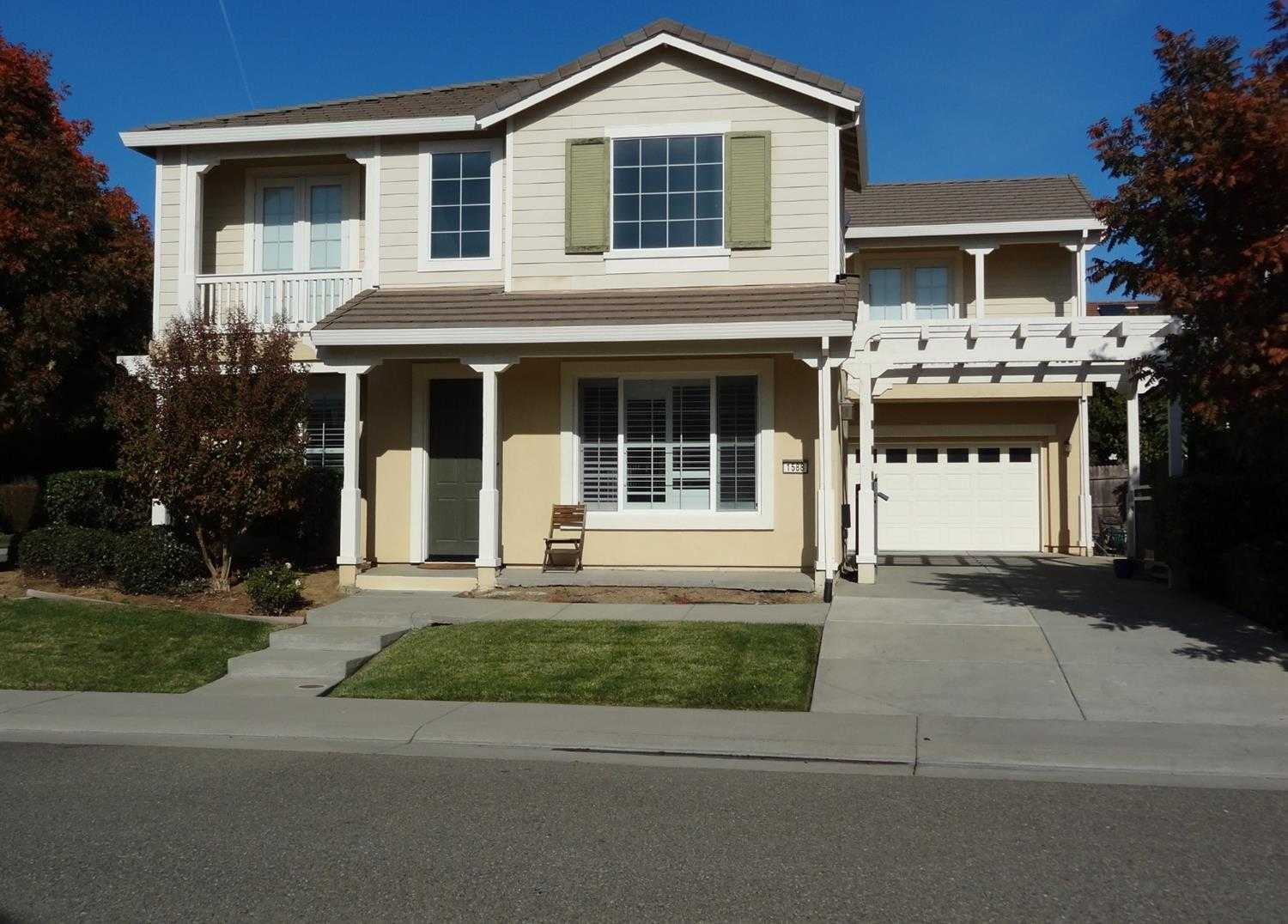 $489,000 - 4Br/3Ba -  for Sale in Grandmere Station At Lincoln Crossing, Lincoln
