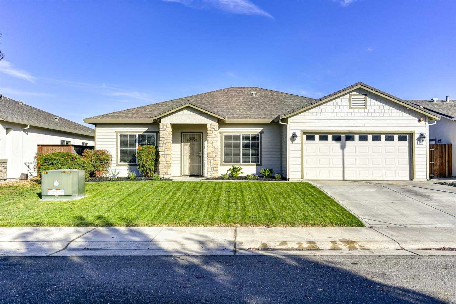 $435,000 - 4Br/2Ba -  for Sale in Acme Acres, Sacramento