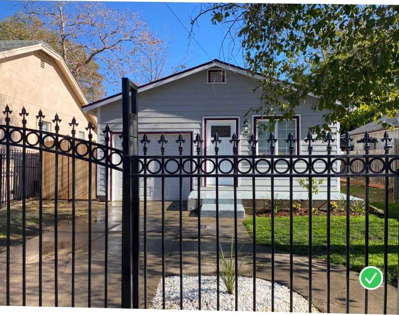 $299,000 - 3Br/1Ba -  for Sale in Oak Park Add, Sacramento