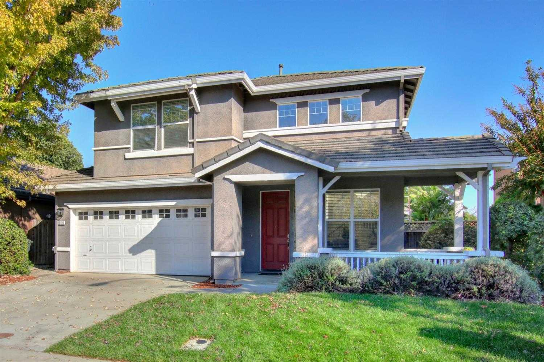 $819,000 - 4Br/3Ba -  for Sale in Wildhorse, Davis