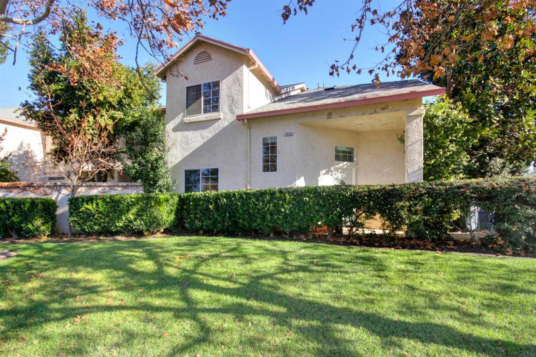 $360,000 - 3Br/3Ba -  for Sale in Davis
